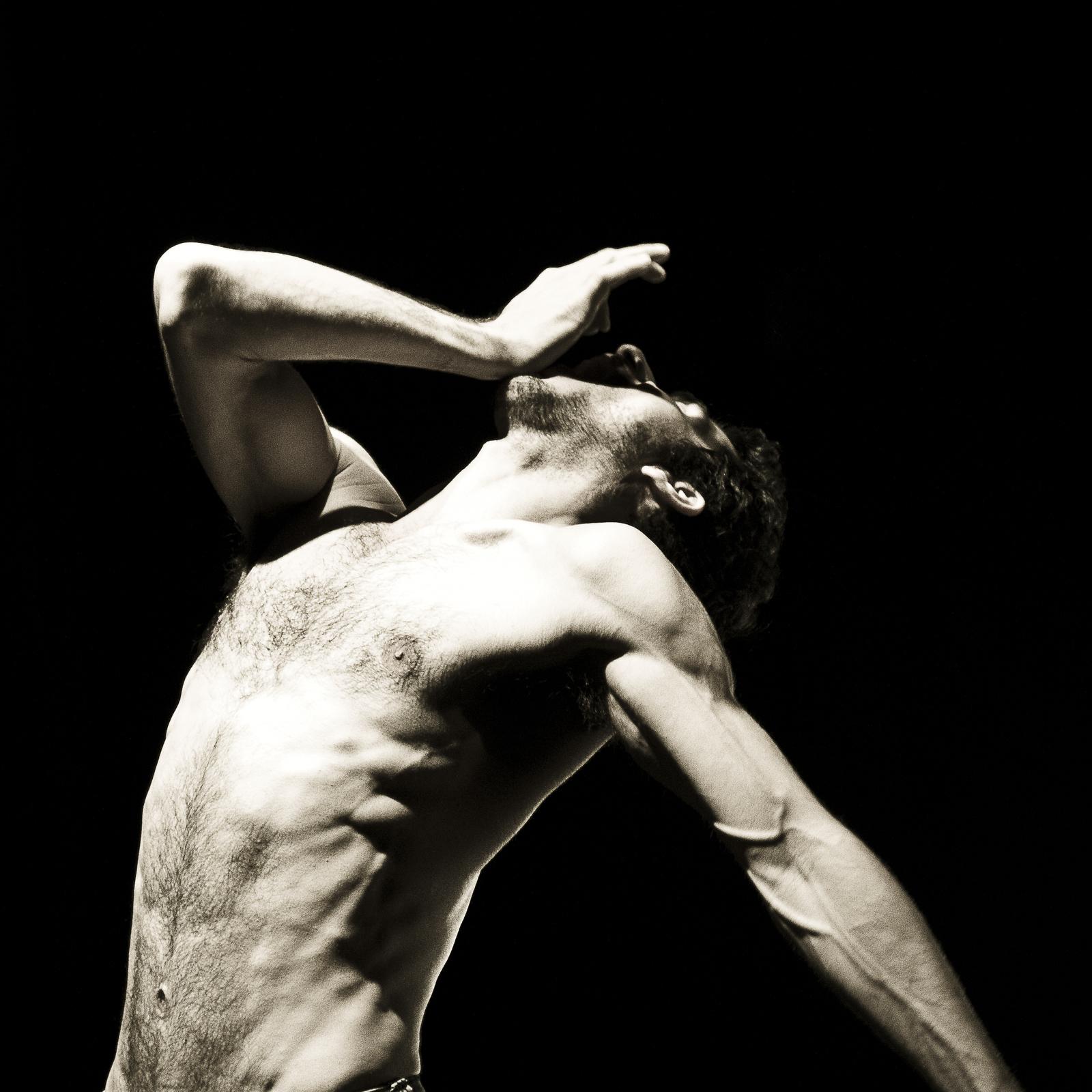 Danse-Contemporaine-Octavio-de-la-Roza-Voulez-vous-dansez-Gainsbourg-721